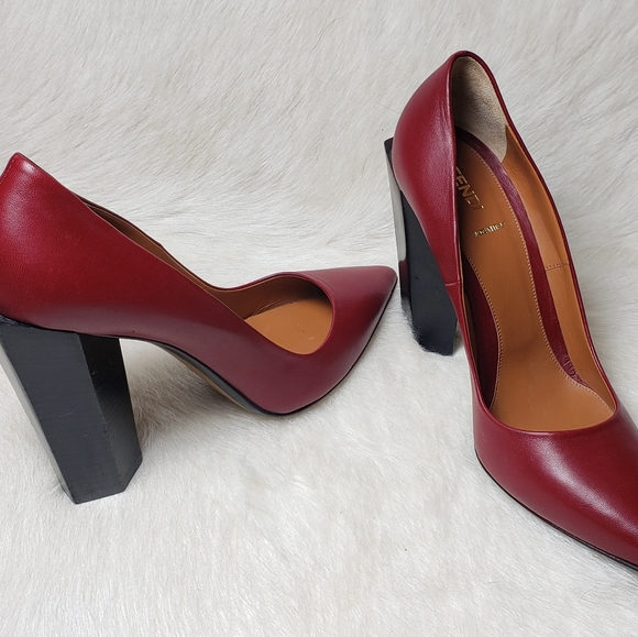 Fendi Chunky Heel Leather Womens Pumps from Italy